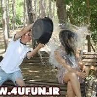 حرکت بی شرمانه یک پسر با دوست دخترش در پارک